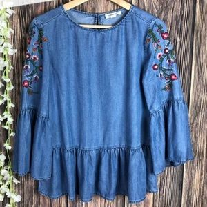 Chambray Top Embroider floral Beachlunchlounge szM